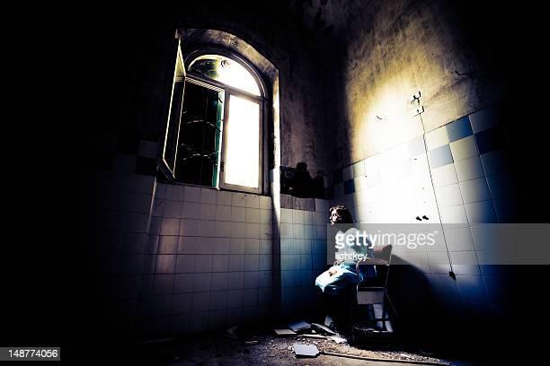 Crazy patient en fauteuil roulant