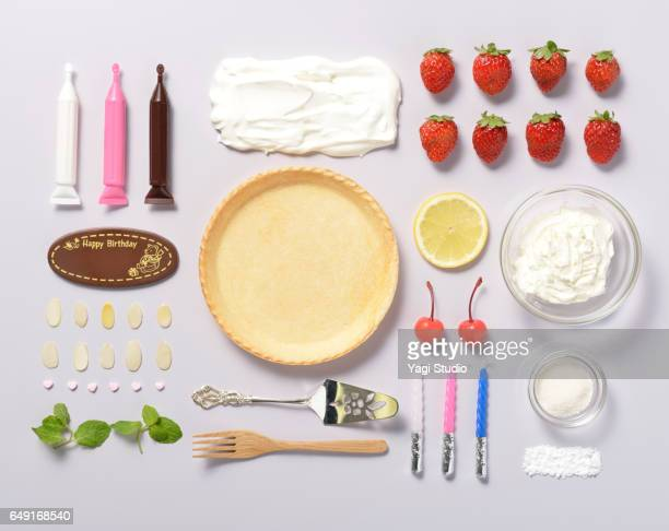 cream cheese tart knolling style - cooking utensil stock photos and pictures