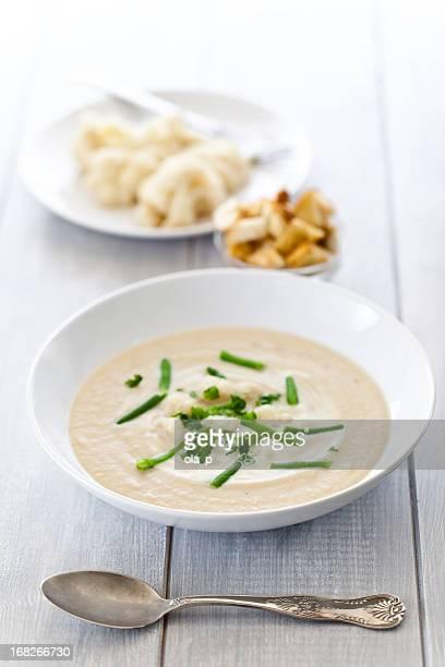 Une soupe de chou-fleur crème