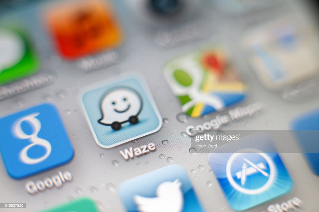 Waze und Google Maps-App auf einem iPhone News Photo - Getty Images