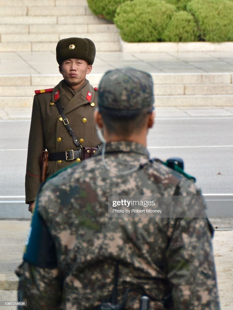 Creative Unreleased North Korean And South Korean Soldiers Face Off