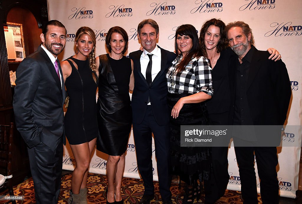 Creator and host of American Pickers and honoree Mike Wolfe (center) attends the NATD Honors Gala on November 9, 2015 in Nashville, Tennessee.