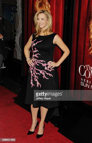 Creator/executive producer/actress Lisa Kudrow arrives at the Los Angeles premiere of HBO's series 'The Comeback' at the El Capitan Theatre on...