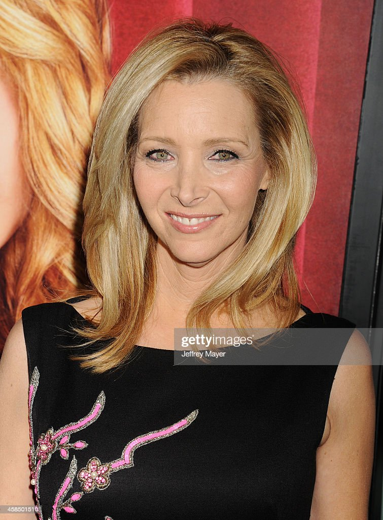 Creator/executive producer/actress Lisa Kudrow arrives at the Los Angeles premiere of HBO's series 'The Comeback' at the El Capitan Theatre on November 5, 2014 in Hollywood, California.