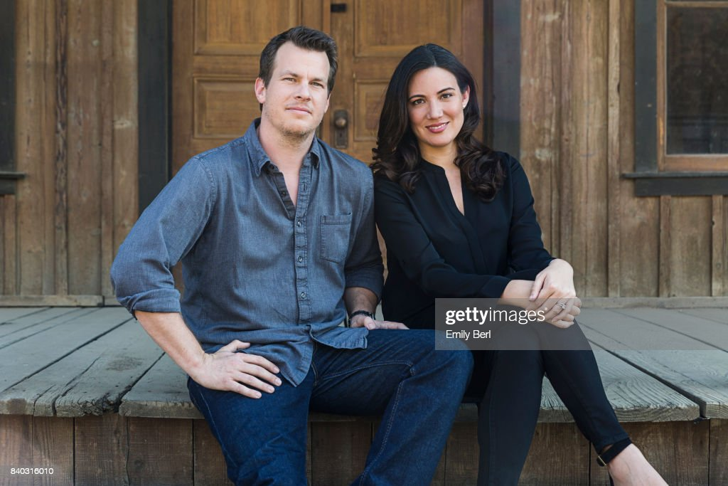 Jonathan Nolan and Lisa Joy, New York Times, October 2, 2016 : News Photo