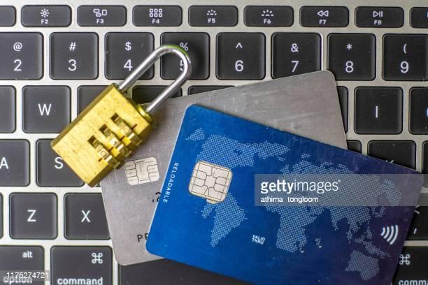 credit card data security concept / data encryption on credit card - data privacy imagens e fotografias de stock