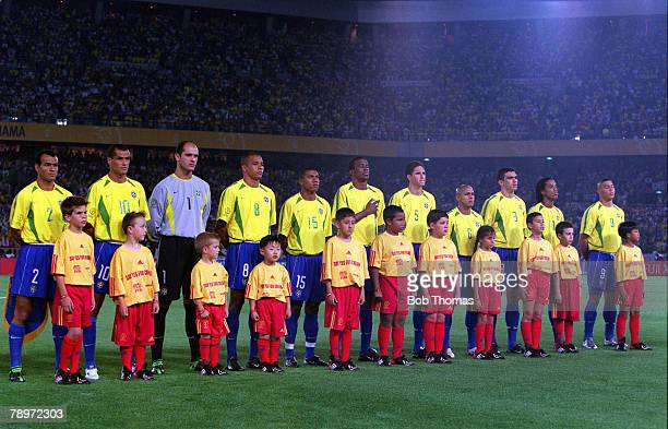 POPPERFOTO/JOHN McDERMOTT Football 2002 FIFA World Cup Finals Final Yokohama Japan 30th June 2002 Germany 0 v Brazil 2 The Brazil team line up...