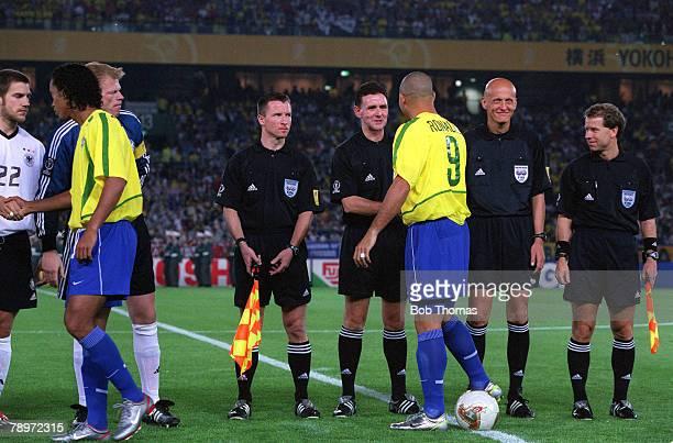 POPPERFOTO/JOHN McDERMOTT Football 2002 FIFA World Cup Finals Final Yokohama Japan 30th June 2002 Germany 0 v Brazil 2 The two teams and match...
