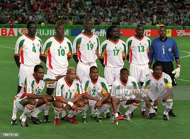 POPPERFOTO/JOHN MCDERMOTT Football 2002 FIFA World Cup Finals Quarter Final Osaka Japan 22nd June 2002 Senegal 0 v Turkey 1 The Senegal team pose for...