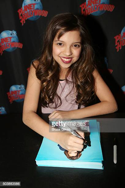 Cree Cicchino promotes Nickelodeon's 'Game Shakers' with a meet and greet with children from 'The Kids League' at Planet Hollywood Times Square on...