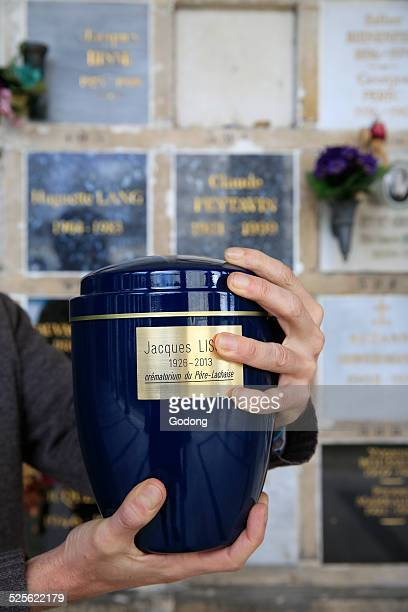 cremation - cremation stock pictures, royalty-free photos & images