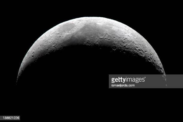 crescent moon - moon stock pictures, royalty-free photos & images