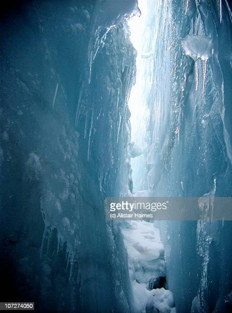 crevasse - crevasse stock photos and pictures