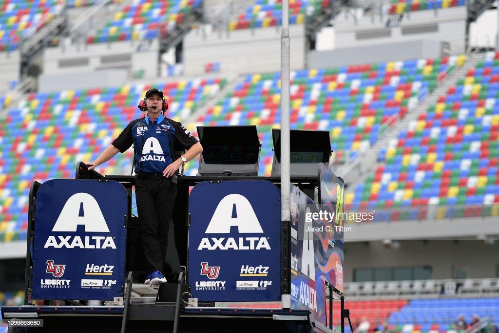 Monster Energy NASCAR Cup Series 61st Annual Daytona 500 - Practice : News Photo