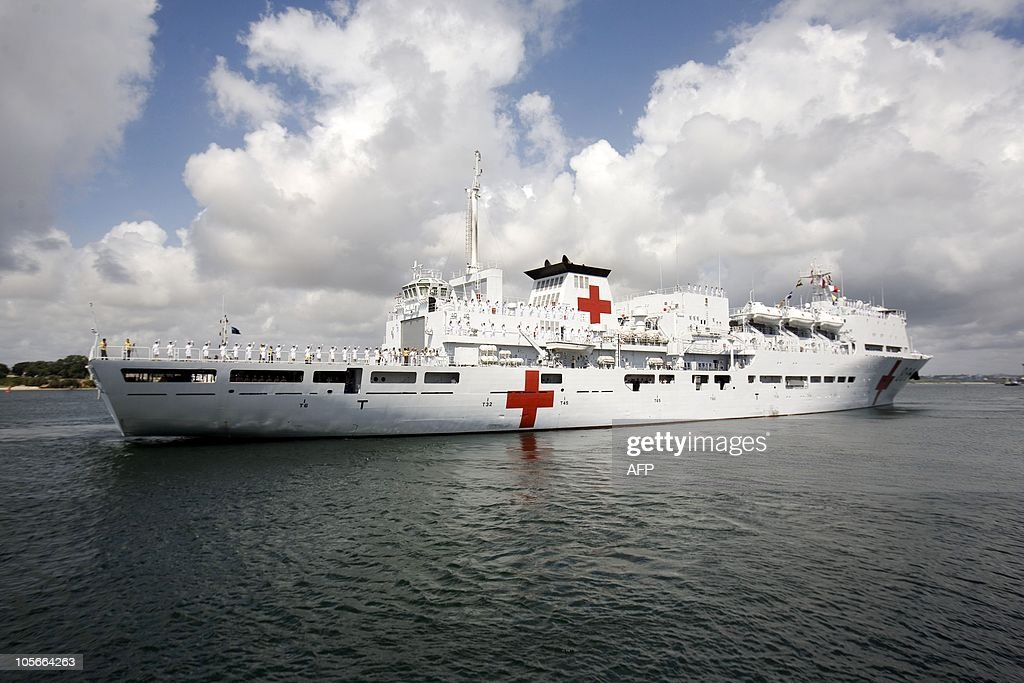 Crew members of the Chinese Naval hospit : News Photo