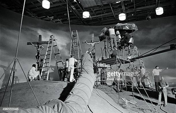 Crew members setting up the crucifixion scene for 'The Greatest Story Ever Told' a biblical epic directed by George Stevens June 1963 Swedish actor...