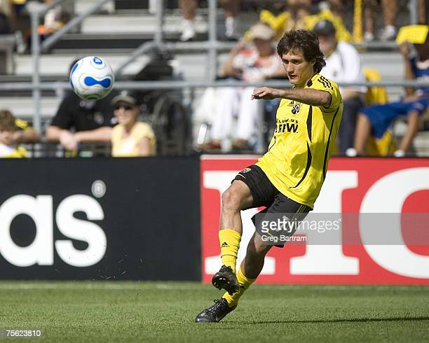 Crew midifelder Guillermo Barros Schelotto sends a crossing pass in from the flank during a home game against Toronto FC on July 22 2007 Schelotto...