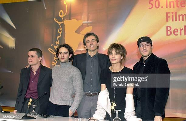 Crew of Italian film 'Prime Luci dell'Alba' A de Liberato FGiuffridaLGaudinoLMoranteTognazzi