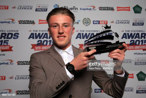 Crewe Alexandra's George Cooper with the League One Apprentice of the Year Award during the Football League Awards 2015 at The Brewery in London