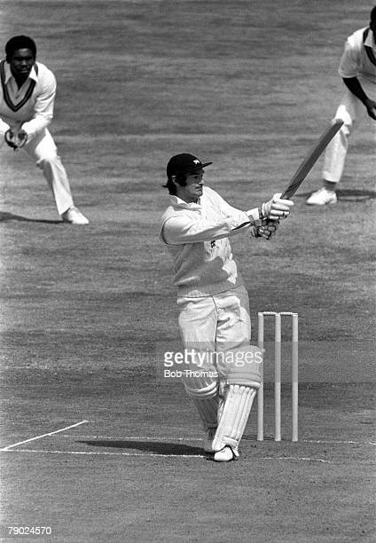 Cricket 4th Test Match, Headingley, Yorkshire, England v West Indies, West Indies won by 55 runs, A picture of England+s Alan Knott batting