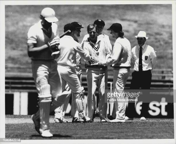 Cricket at SCG NSW vs New Zealand Coney balled Holland 25 Coney out 4th wicket November 17 1985