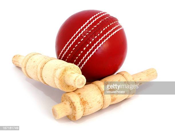 cricket ball and bails - wicket stock pictures, royalty-free photos & images
