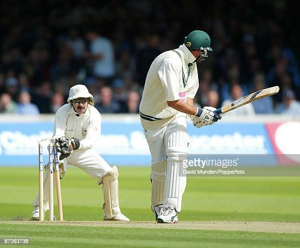 Cricket: C & G Final Gloucestershire v Worcestershire JACK RUSSELL STUMPS MATT MASON OFF MARTYN BALL FOR 0