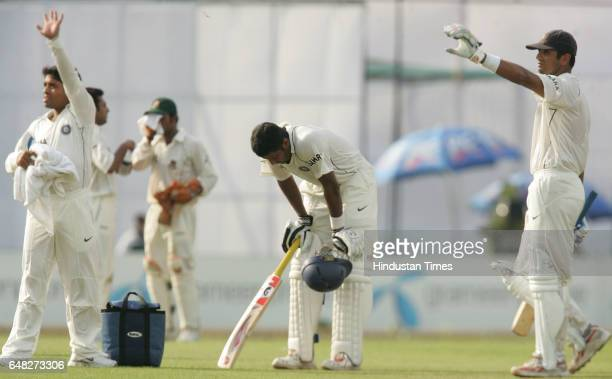 Cricket Indian opener Wasim Jaffar Jafar is suffered from the dehydration as captain Rahul Dravid and Rajesh Pawar calling for the medical assistance...
