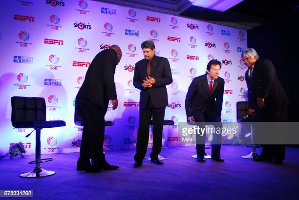Cricket legends India's Kapil Dev West Indies' Vivian Richards Pakistan's Imran Khan and Sri Lanka's Arjuna Ranatunga admiring the ICC Cricket World...