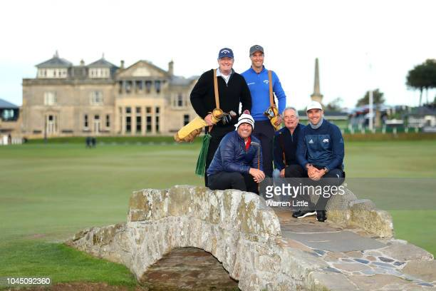 Cricket players Shane Warne Kevin Pietersenm Michael Vaughn and Allan Lamb pose with TV personality Piers Morgan on the Swilken bridge during...