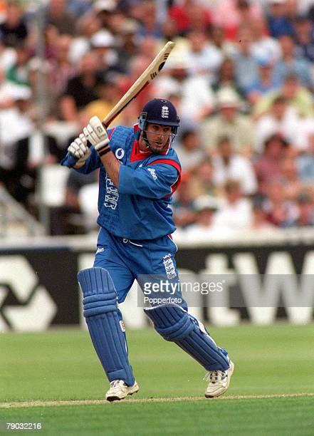 Cricket World Cup Edgbaston 2930th May India beat England by 63 runs England's Graham Thorpe batting