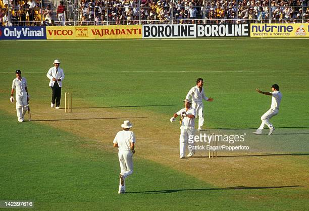 Cricket World Cup Final at Calcutta 1987 Mike Gatting is out reverse sweeping ct Dyer b Border I875055