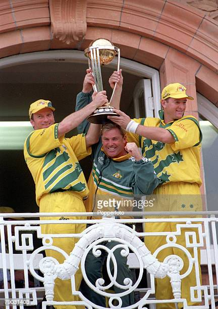 Cricket World Cup Final Lords 20th June Australia beat Pakistan by 8 wickets Australia's captain Steve Waugh Shane Warne and Mark Waugh celebrate...