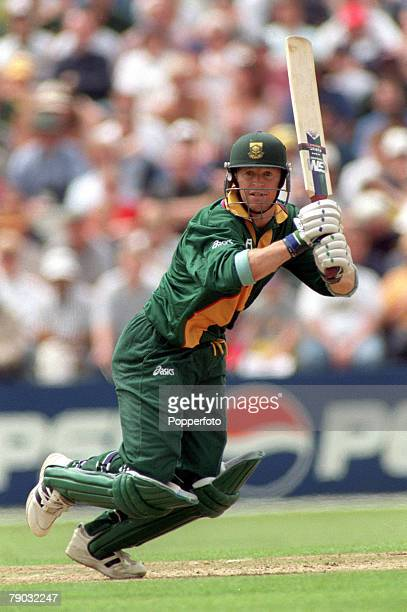Cricket World Cup Headingley 13th June Australia beat South Africa by 5 wickets South Africa's Jonty Rhodes batting