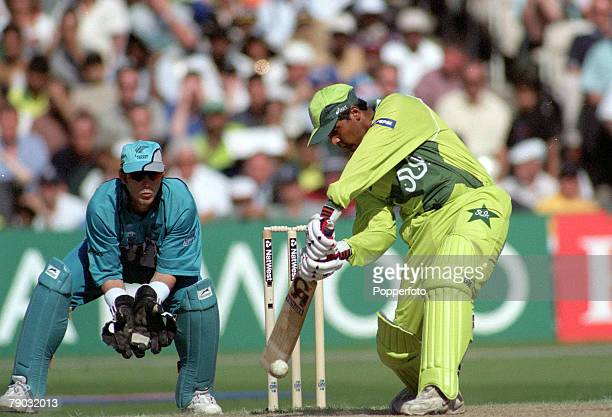 Cricket World Cup SemiFinal Old Trafford 16th June Pakistan beat New Zealand by 9 wickets Pakistan batsman Wajahat Wasti during his innings of 84...