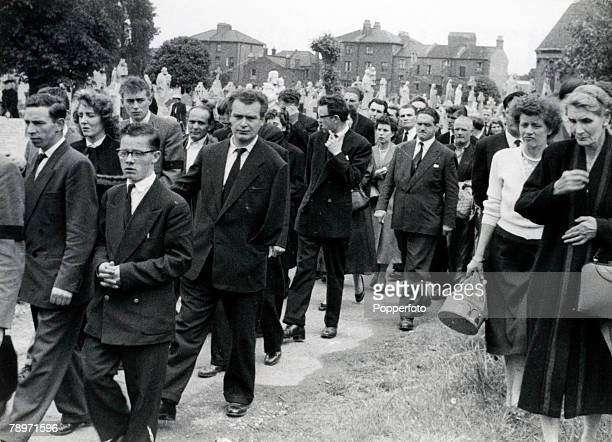 Crime London England July 1956 Smithson Murder Mourners at the Funeral of Thomas Smithson