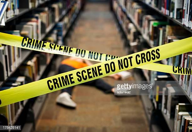 Kriminalität Szene in der Bibliothek