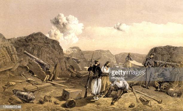 Crimean War 1853-1856. French troops inside the Mamelon Vert, a small hill transformed into a redoubt by the Russian military engineers, after the...