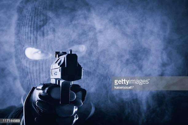 Criminel avec arme à feu