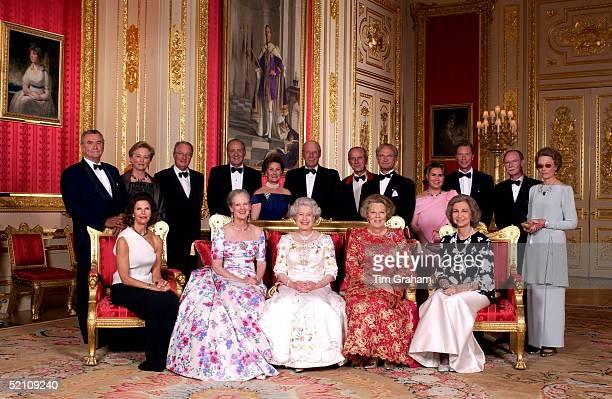 Crimson Drawing Room At Windsor Castle Queen Elizabeth II With The Reigning Sovereigns Of Europe And Their Consorts For A Unique Photograph To Mark...