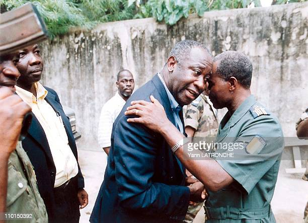 Crisis in Ivory Coast on December 29 1999 Arrival of Laurent Gbagbo president of the FPI and his military escort