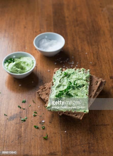 Crispbread with herb butter