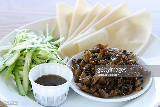 Crispy duck with pancakes