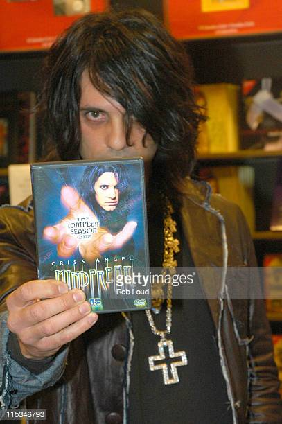 Criss Angel during Criss Angel Signs His DVD 'Mindfreak The Complete Season One' at Borders in New York City December 27 2005 at Borders Bookstore...