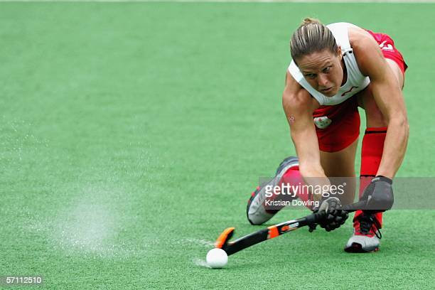 Crista Cullen of England in action during the Women's Hockey match between England and Canada during day 2 of the Melbourne 2006 Commonwealth Games...