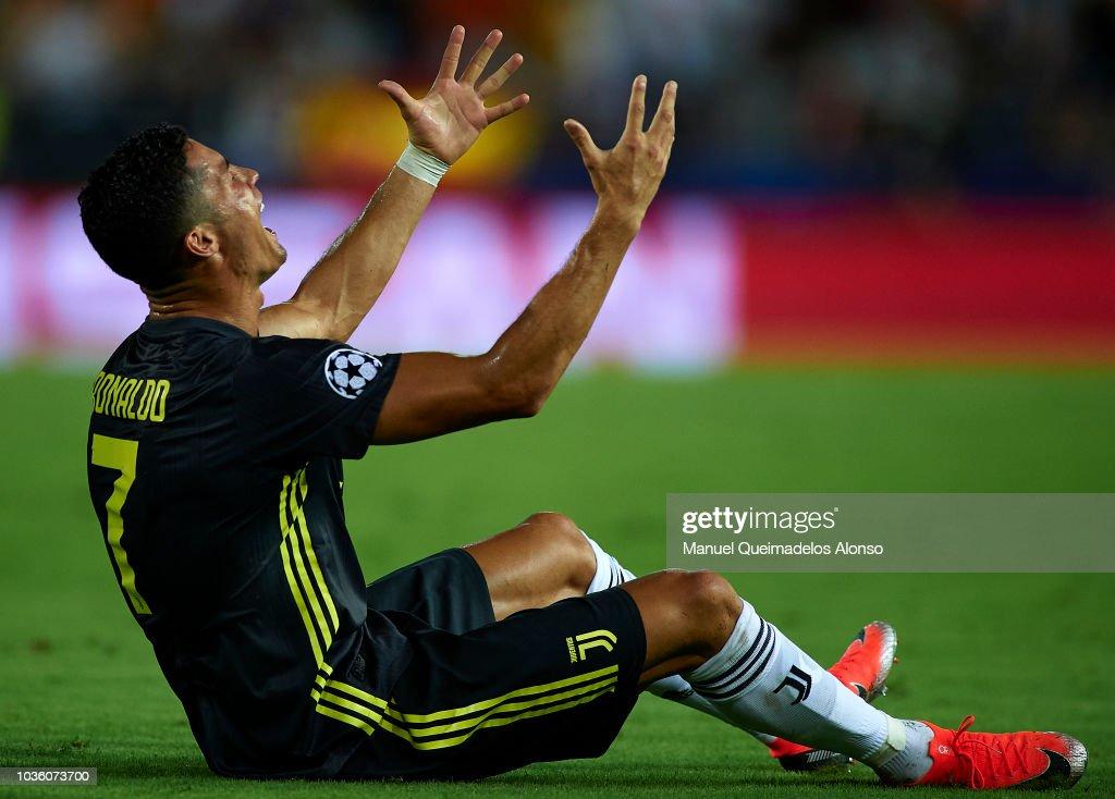 Valencia v Juventus - UEFA Champions League Group H : News Photo