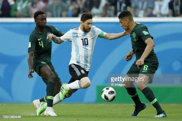 Cristian Ansaldi of Argentina John Obi Mikel of Nigeria Leon Balogun of Nigeria during the 2018 FIFA World Cup Russia group D match between Nigeria...