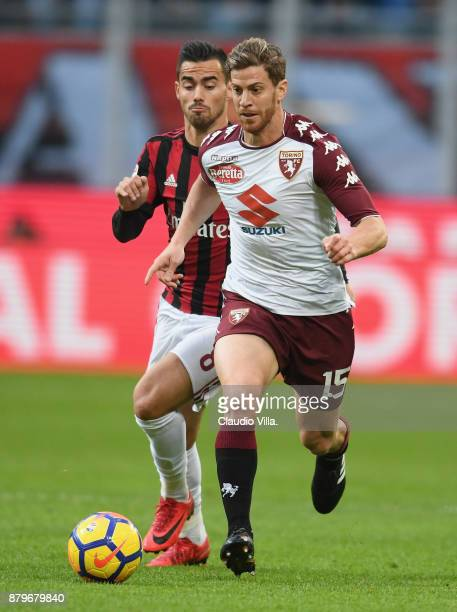 Cristian Ansaldi of Torino FC in action during the Serie A match between AC Milan and Torino FC at Stadio Giuseppe Meazza on November 26 2017 in...