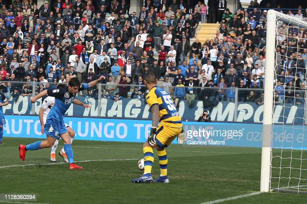 Cristian Dell'Orco of Empoli FC scores a goal during the Serie A match between Empoli and Parma Calcio at Stadio Carlo Castellani on March 2 2019 in...