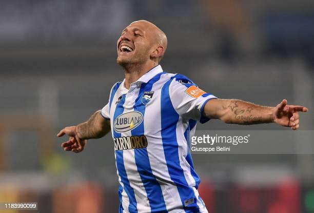 Cristian Galano of Pescara Calcio celebrates after scoring opening goal during Serie B match between Pescara Calcio and US Cremonese at Adriatico...